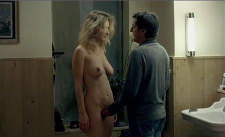 A deborah le encanta el sexo con dos hombres a la vez porno argentino 6