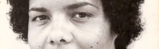 """Já que esse texto é sobre o futuro, me parece apropriado olhar também para o passado. Na foto, Adélia Sampaio que, com """"Amor Maldito"""" (1984), se tornou a primeira mulher negra brasileira a dirigir um longa-metragem."""